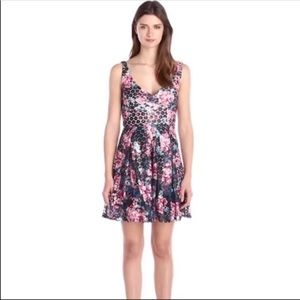 NWT Betsey Johnson Bow Back Floral Dress size 8